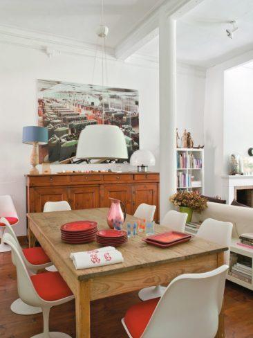 Style brocante pour l'intérieur barcelonais d'une antiquaire