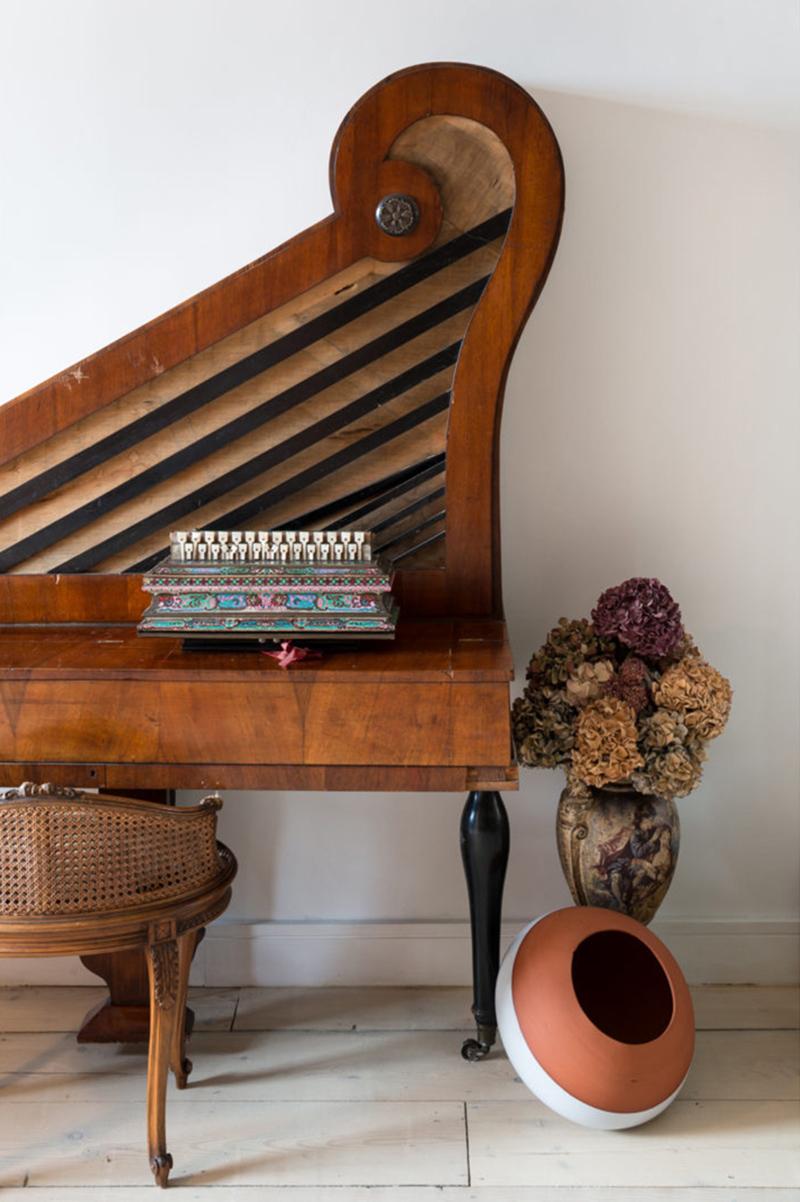 Un appartement ancien à Londres meubler d'antiquités