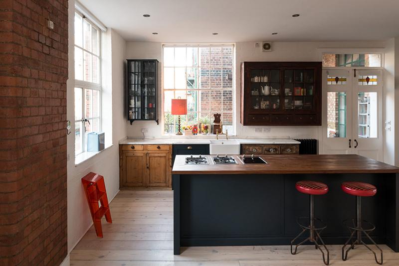 Un appartement ancien à Londres meubler de mobilier ancien
