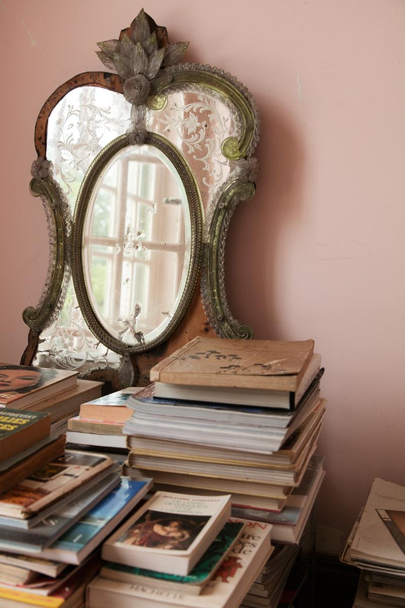 Décorer avec des miroirs anciens - Villa Magnan à Biarritz