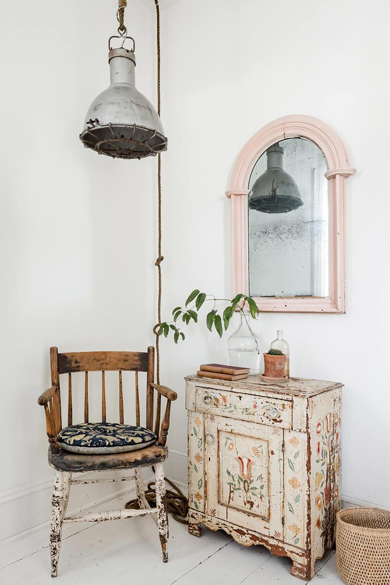 This Old Hudson, un style shabby chic épuré // Le goût des meubles patinés