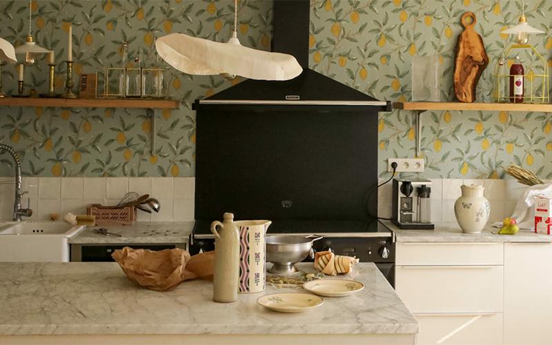 A la maison du Neissey à Saint-Briac - Une cuisine ouverte pour mieux accueillir des hôtes