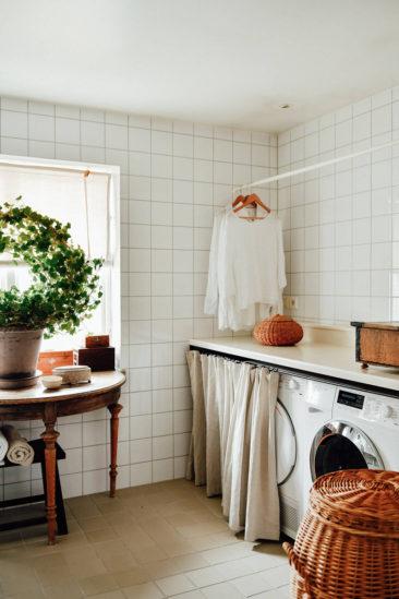 Une maison parfaitement lagom en Suède // Buanderie