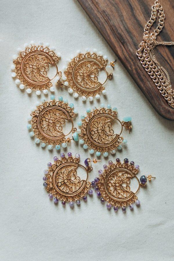 Boucles d'oreille, PAZ, dorées en or fin 24k et pierres semi précieuses, sur la boutique Atelier d'une parisienne