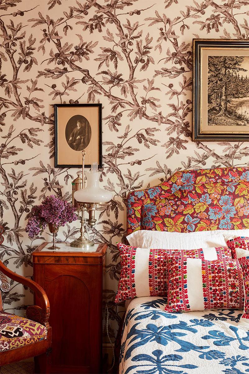 Osez le mélange des motifs // L'intérieur de Nathalie Farman-Farma, fondatrice du studio de design textile Décors Barbare