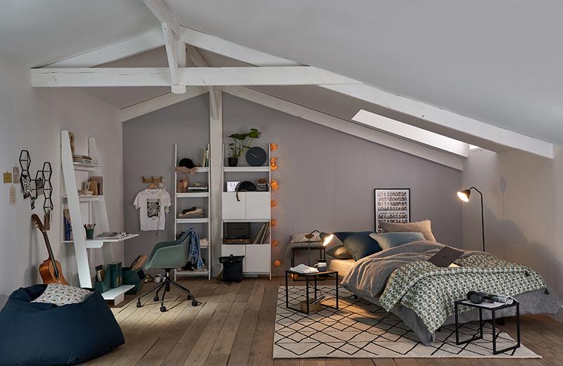 Comment meubler un studio ou un petit espace ? // Un studio sous les combles
