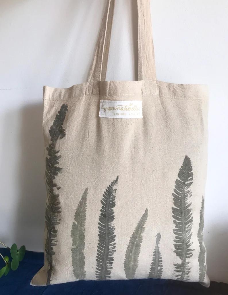Sac totebag en coton bio avec impression végétale de feuilles 12,60 € sur la boutiqueEtsy Supernaturelles