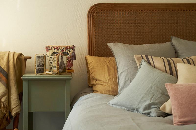 La maison normande de Miss Maggie, alias d'Héloise Brion par Zara Home // Tête de lit en cannage