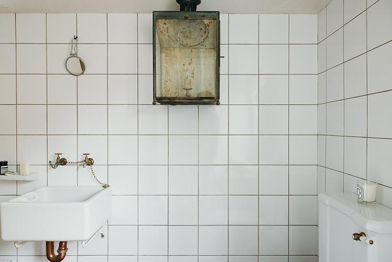 Inigo - Une maison ancienne dans le Sufolk - La salle de bains