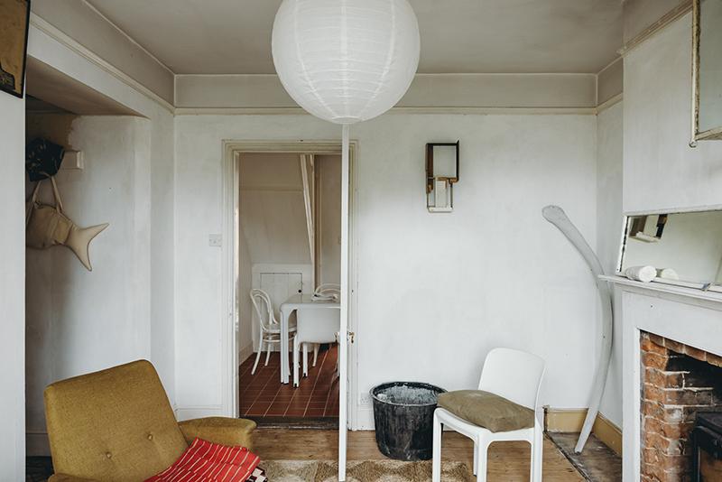 Inigo - Une maison ancienne dans le Sufolk - Petit salon donnant sur la cuisine